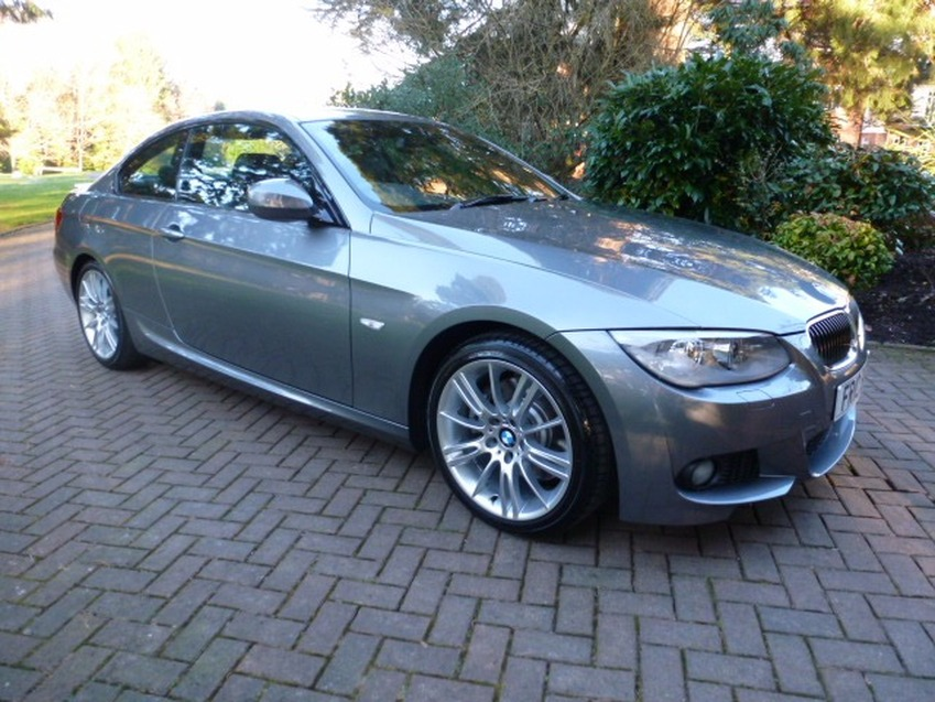 View BMW 3 SERIES 330I M SPORT COUPE