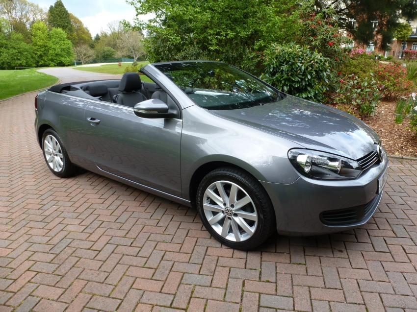 View VOLKSWAGEN GOLF SE TDI BLUEMOTION TECHNOLOGY CONVERTIBLE