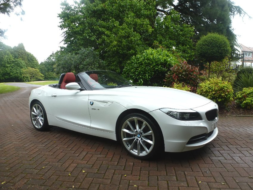 View BMW Z4 23i SDrive